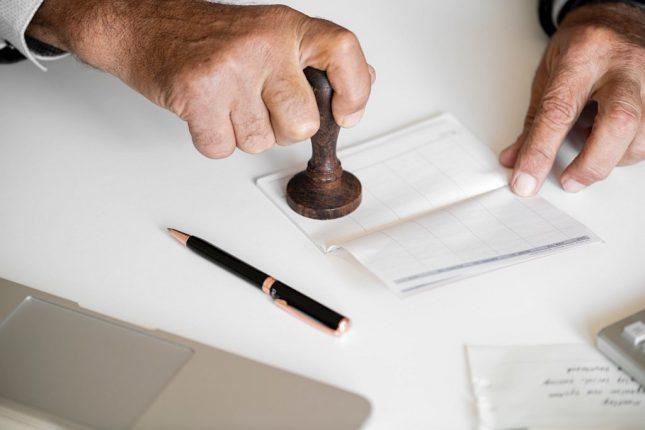Kto i co pomoże nam wyjść z pętli kredytów